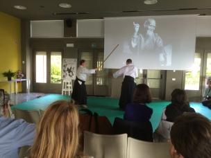 Sistiana - 9/5/15 - Il M° Michele Marolla dimostra una tecnica con il bastone (Aikijo). [Uke: E. Neami]