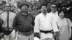 Ancora un'immagine storica che ritrae, tra gli altri, Tristao Da Cunha assieme a Saito Morihiro Shihan e Saito Hitohiro Sensei, suo figlio e legittimo successore.