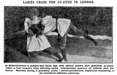 Le signore impazziscono per il jujutsu a Londra