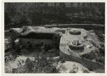 Foto d'epoca che documenta i danni subiti da Fort Hensel.