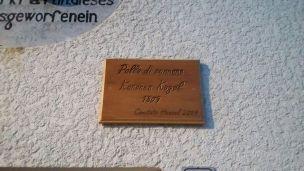 12/08/2017 - Malborghetto: Targa posta dal Comitato Hensel nel 2009.