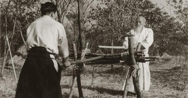 morihiro-saito-morihei-ueshiba-iwama-1955