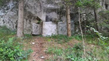 12/08/2017 - Le feritoie dei bunker anni '70 [17] con la mascheratura chiusa.