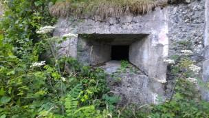 12/08/2017 - l'esterno della feritoia in cui sfocia il tunnel [4a].