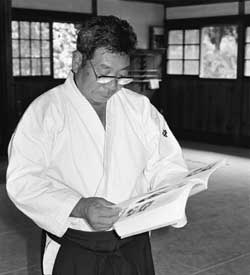 morihiro-saito-reading-budo