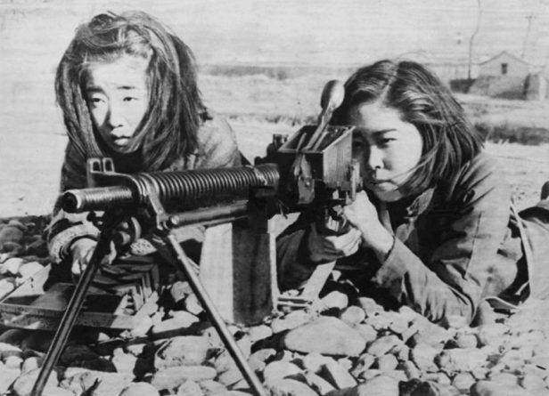 Japanese-Female-Students-Training-in-Gun-Handling-with-a-Type-11-Nambu-Machine-Gun-as-a-last-desperate-measure-tRyukyu-Islands-June-1945.-e1533716837520